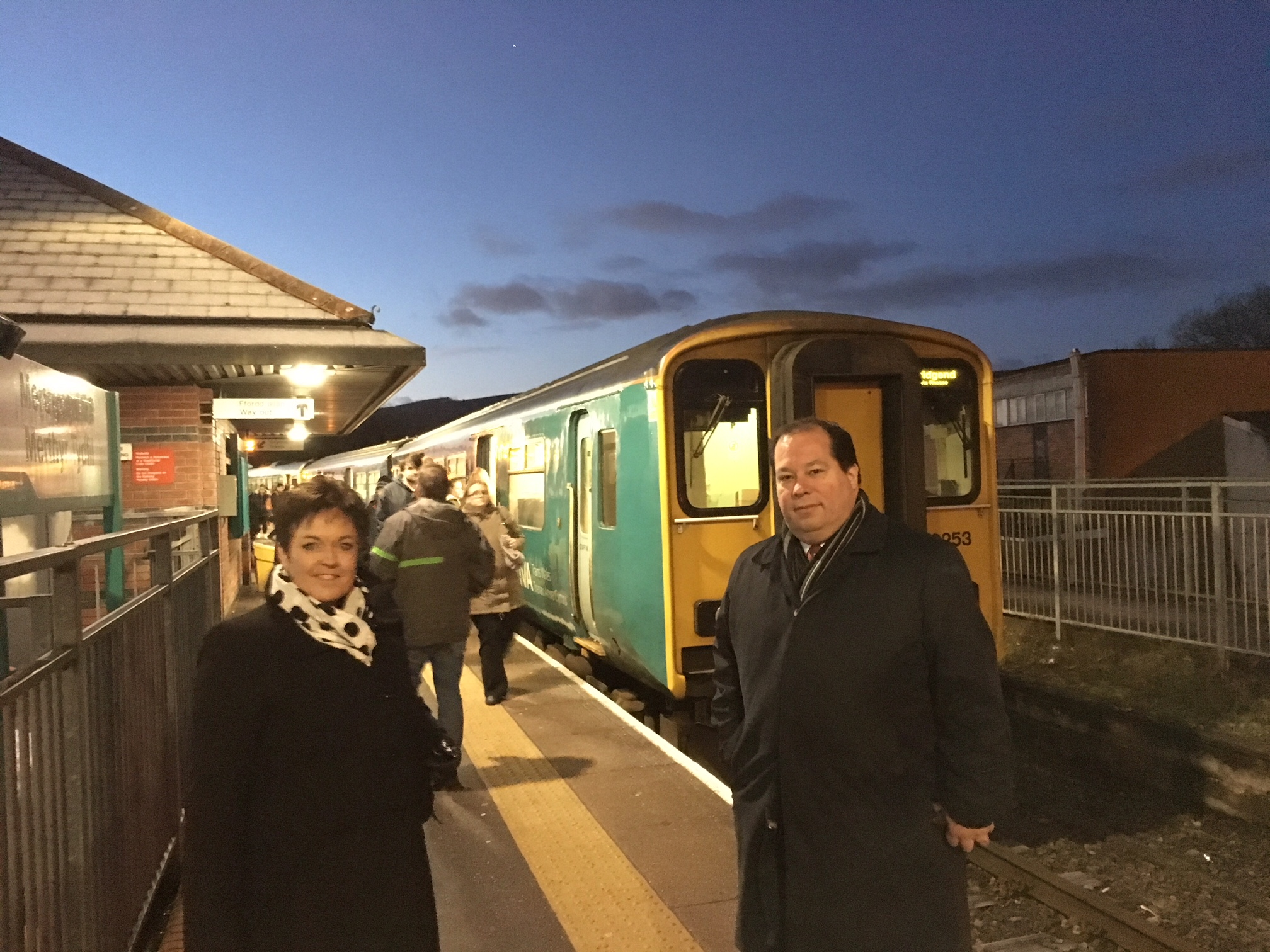 Dawn_and_Gerald_at_train_station.jpg