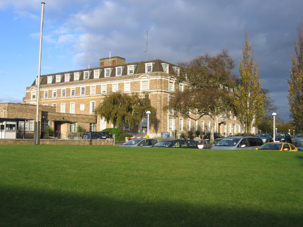Shire_Hall__Cambridge_-_geograph.org.uk_-_84489.jpg