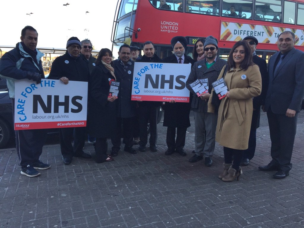 SM_Hounslow_NHS_Street_stall1.jpg
