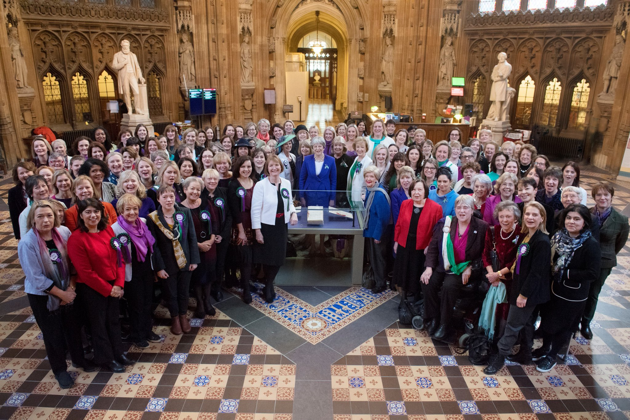 Vote_100_all_parliamentary_women.png