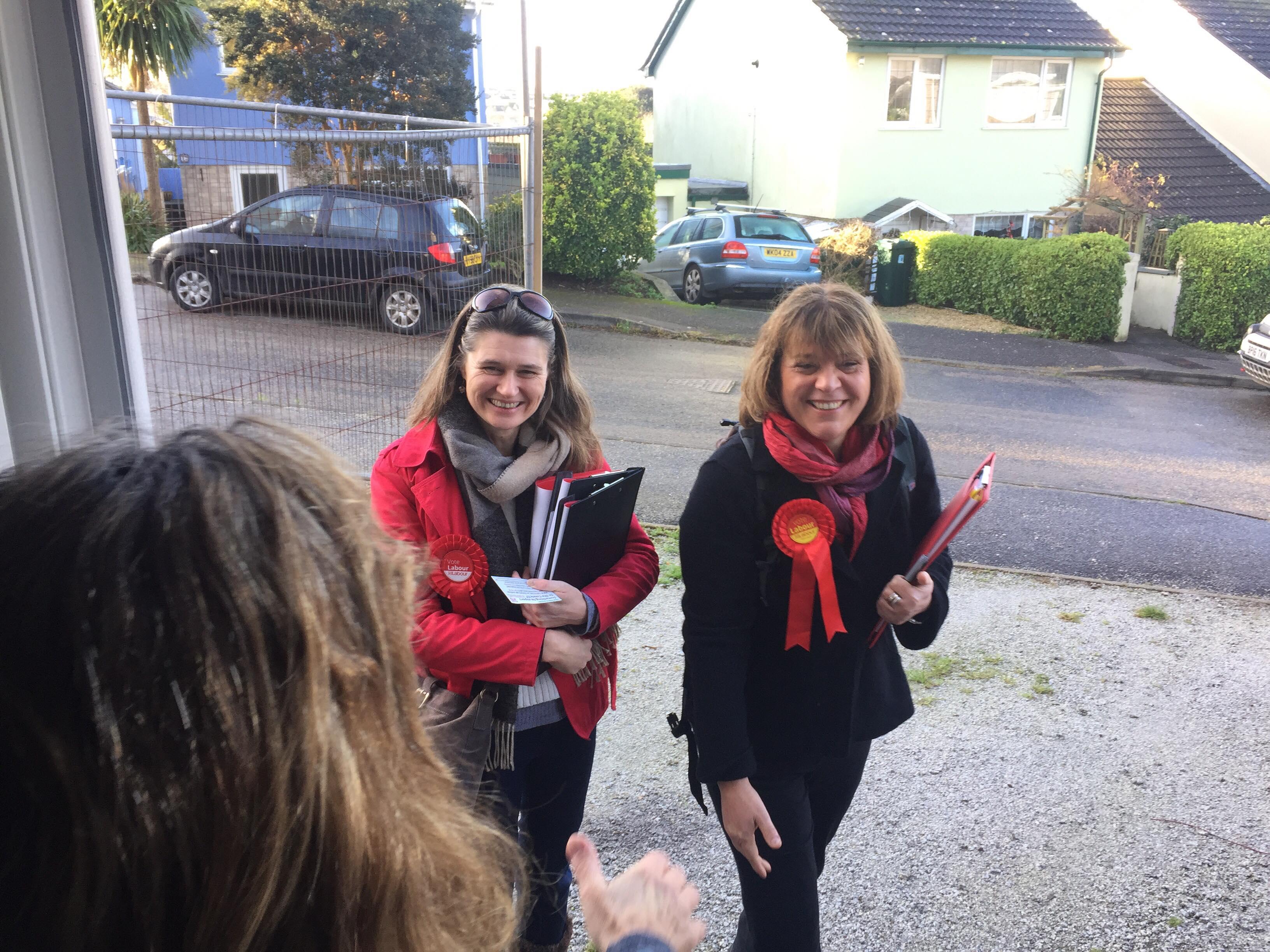 Lousie_and_I_at_door.jpg