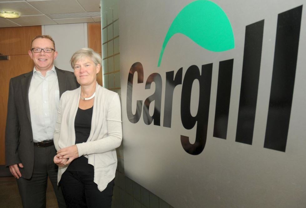kate_with_paul_kingston_and_cargill_sign.JPG