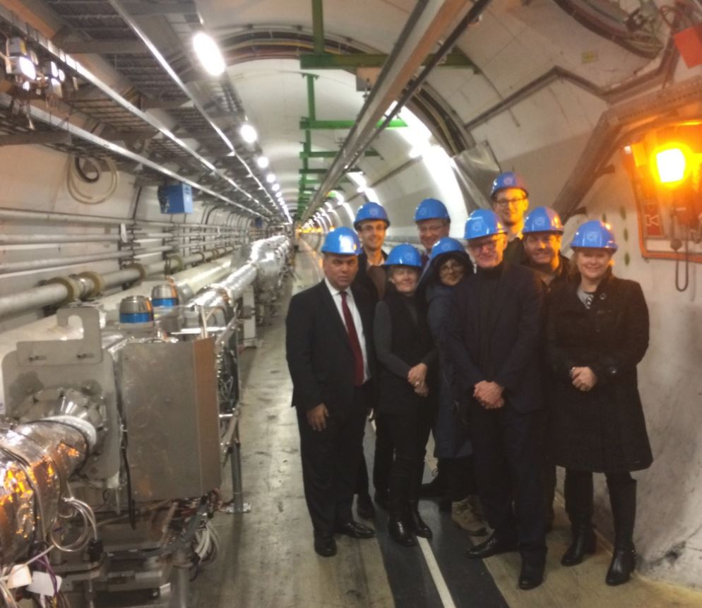 Kate_with_MPs_in_the_hadron_collider.JPG