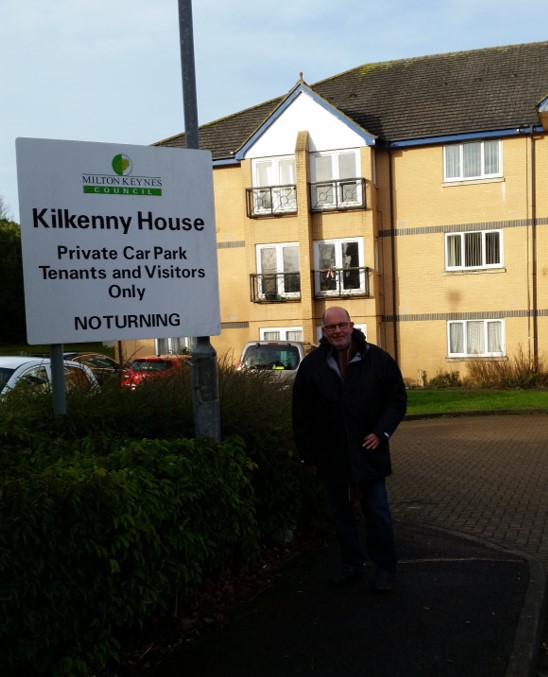 Cllr_Long_outside_Kilkenny_House.jpg