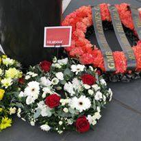 Labour_wreath_at_IWMD16.jpg