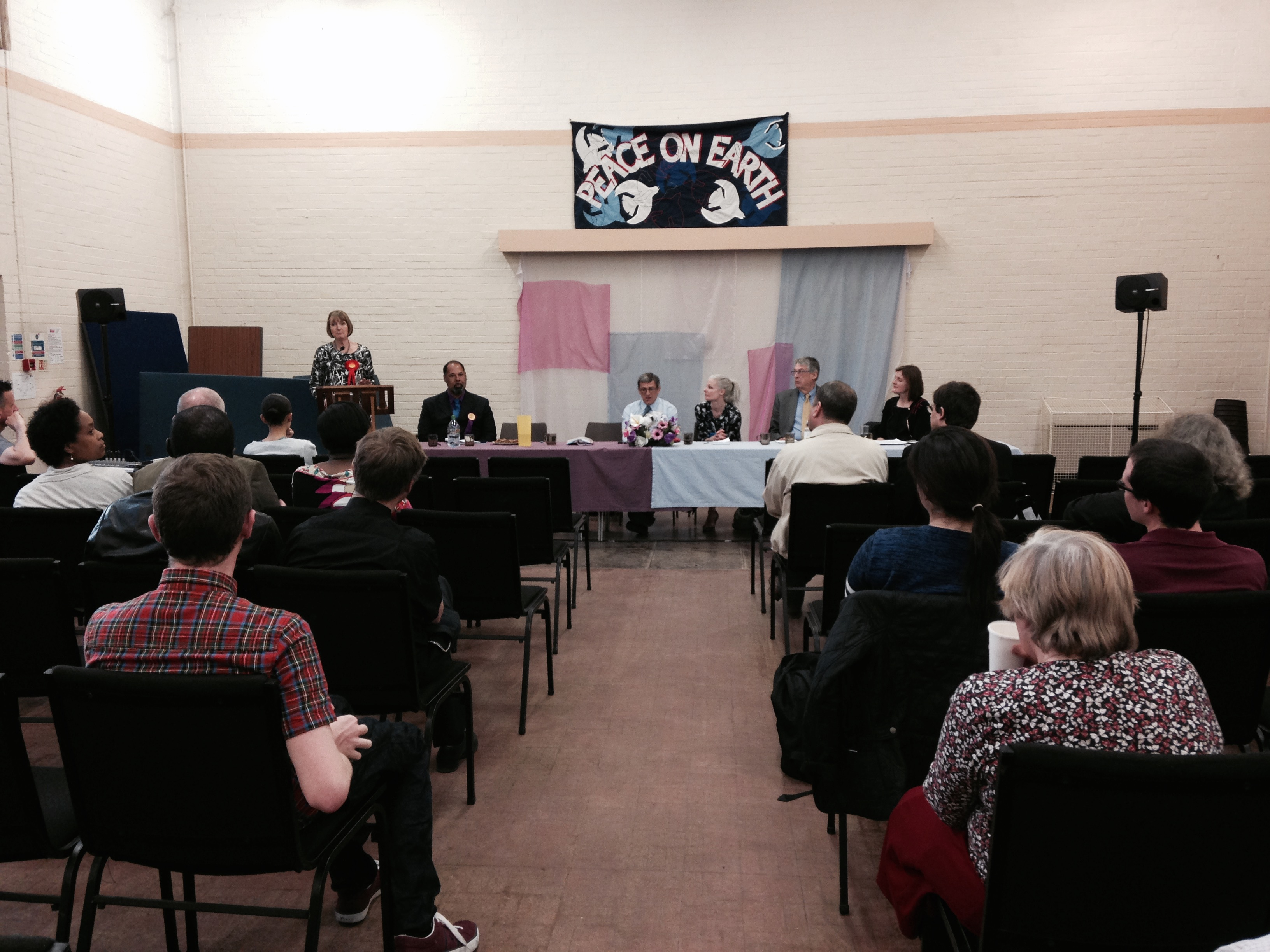 Wyndham_and_Comber_Hustings_15.4.15.jpg