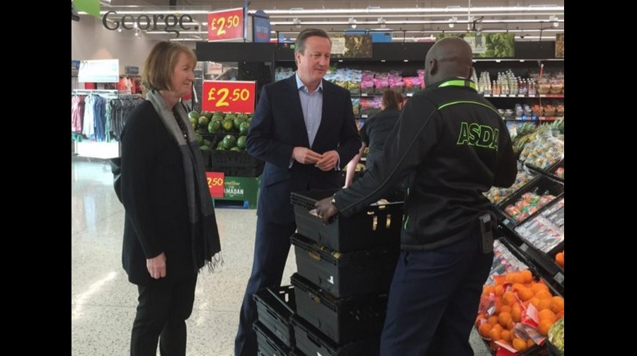 Harriet-Harman-with-David-Cameron.jpg