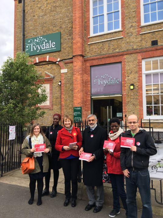 Ivydale_campaigning_2.JPG