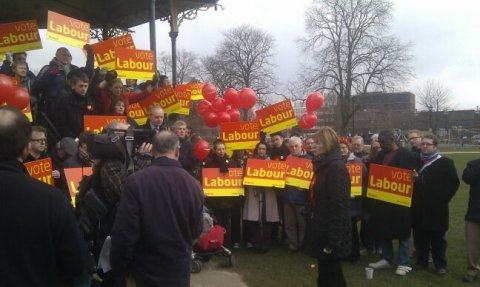230213 Eastleigh campaigning