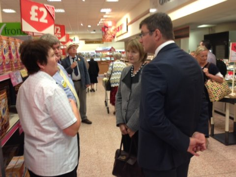 20120903_Corby Supermarket visit