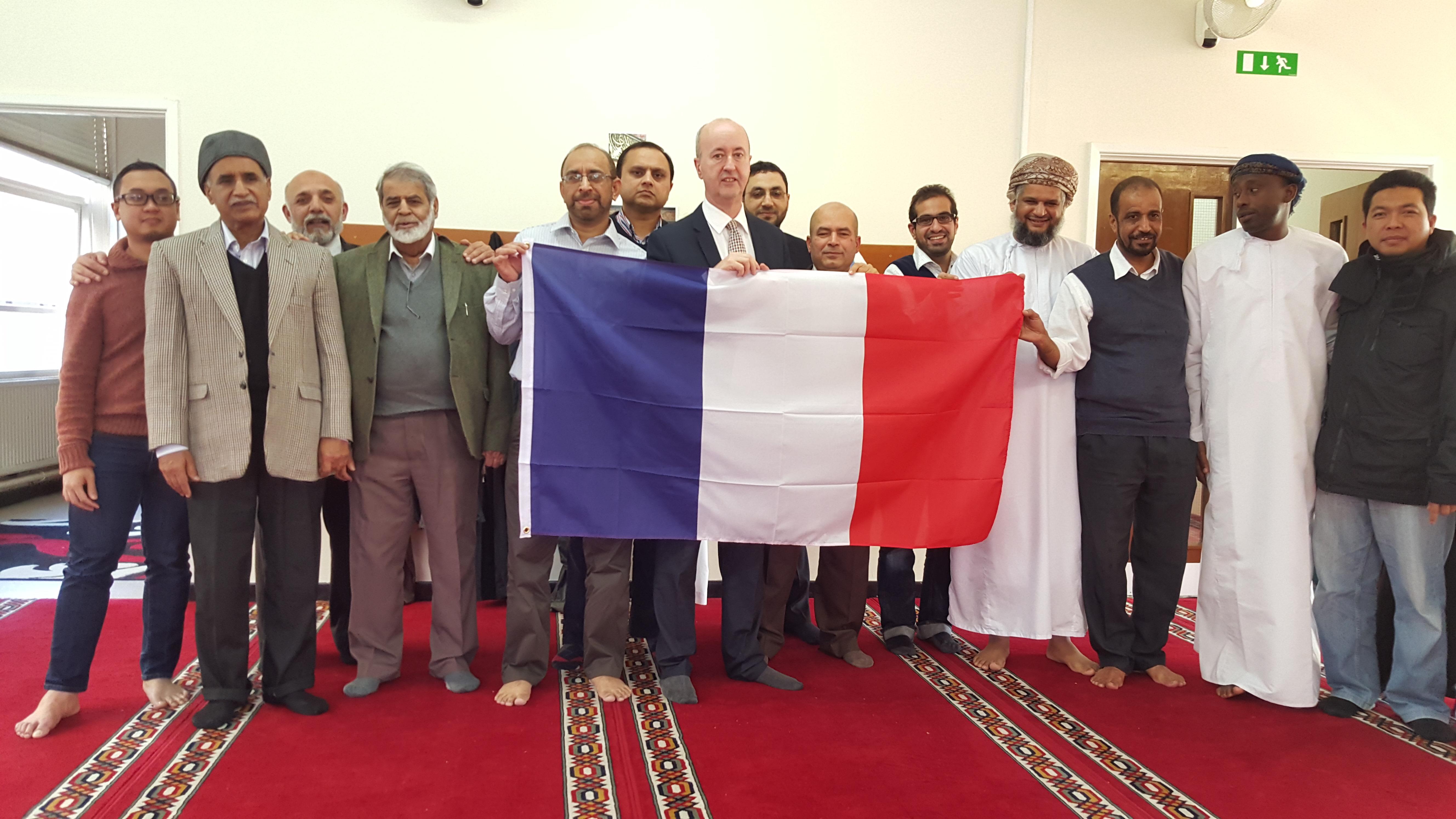 Geraint_with_Muslims_3.jpg