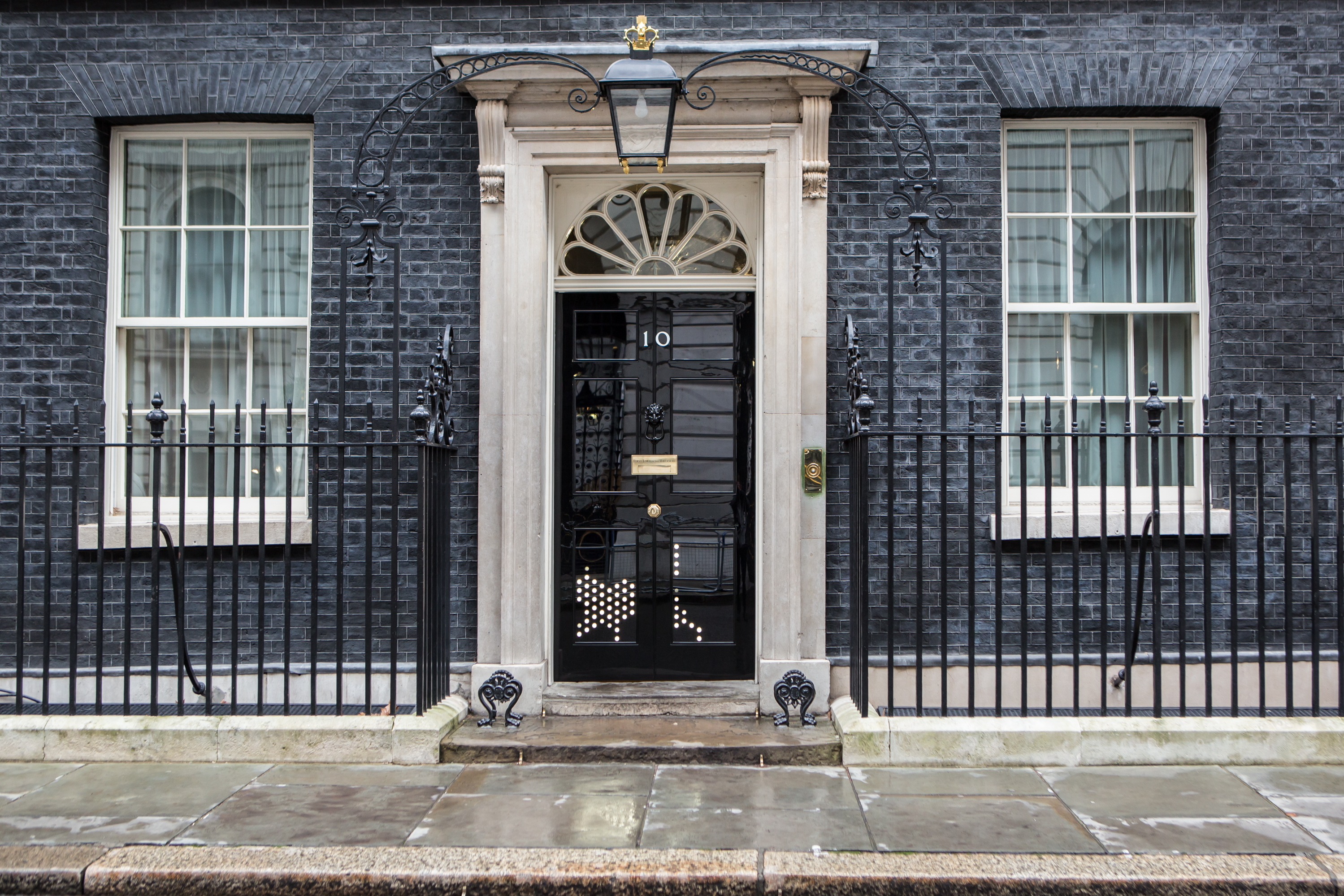 the door of 10 downing street