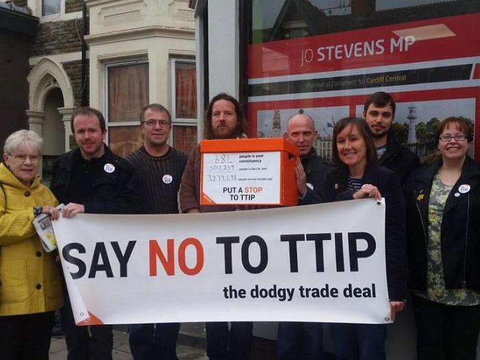 TTIP_700.jpg