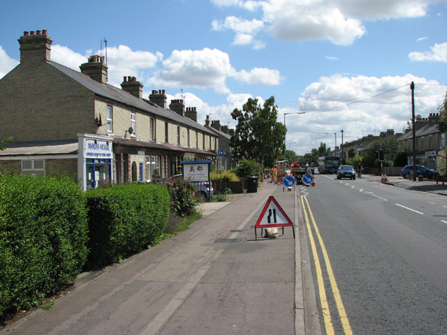 Cherry_Hinton_Road_-_traffic-light_refurbishment_-_geograph.org.uk_-_1410801.jpg