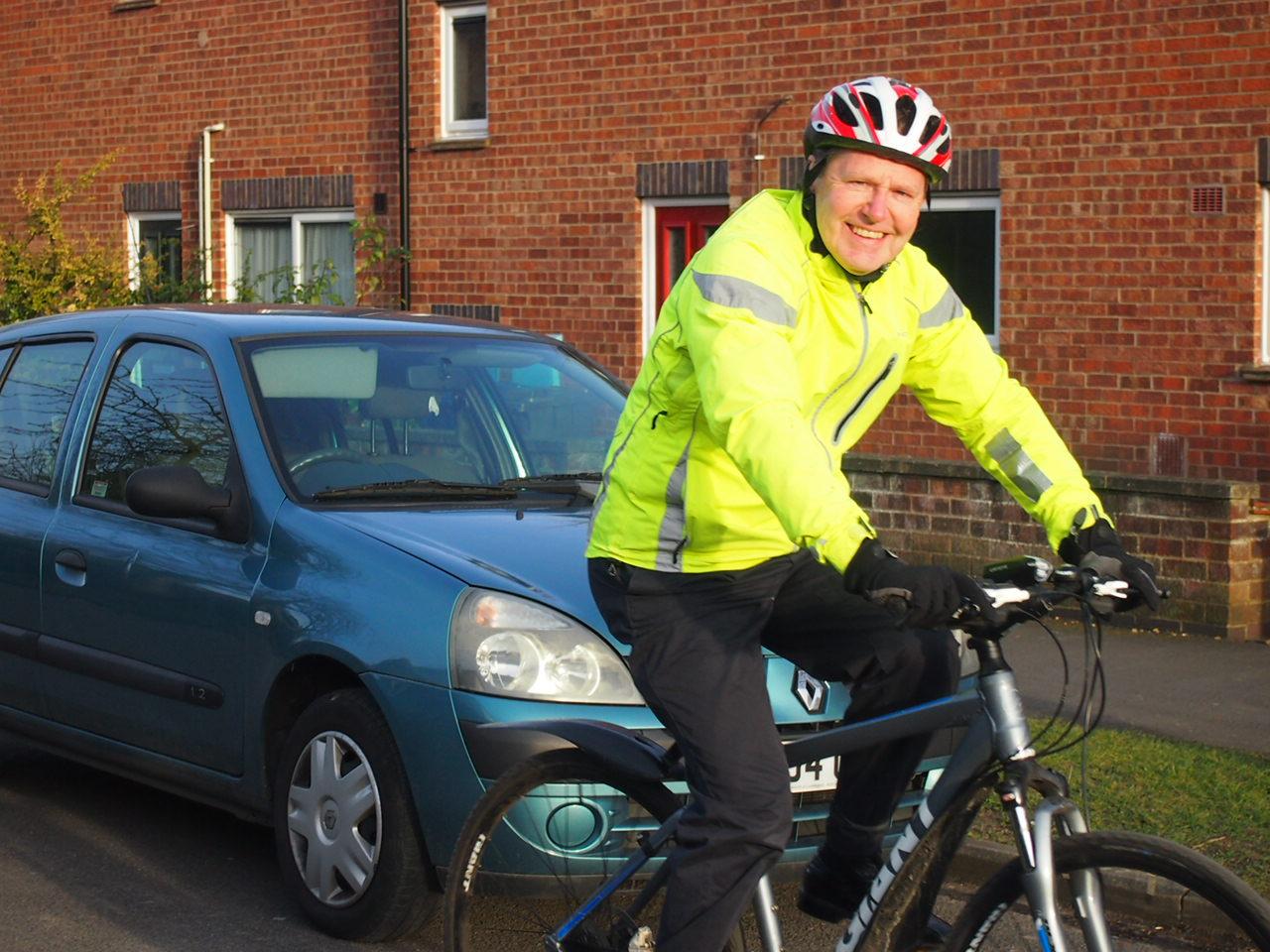 Noel_on_Bike1.jpg