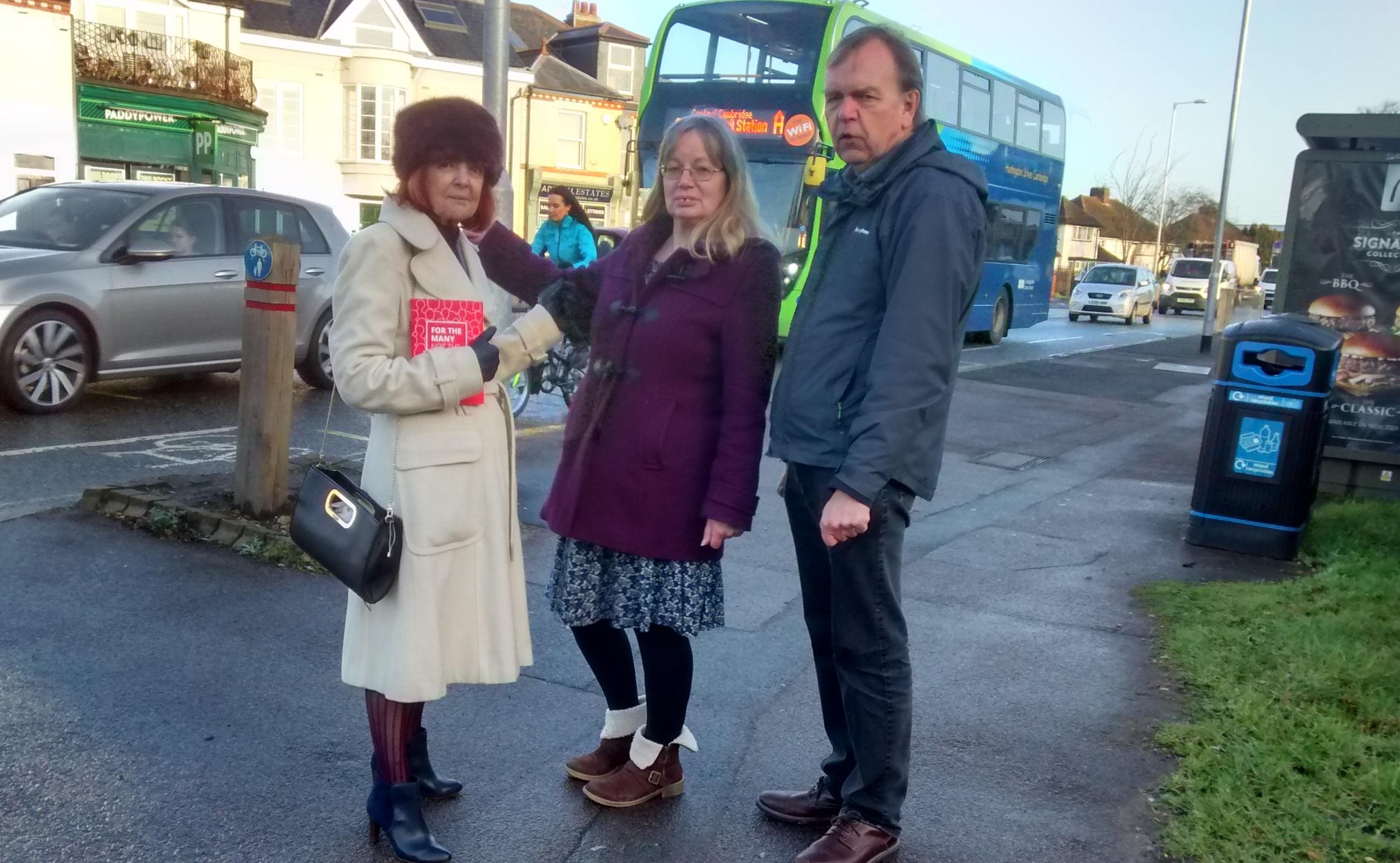 Bus_campaign_arbury_road.jpg