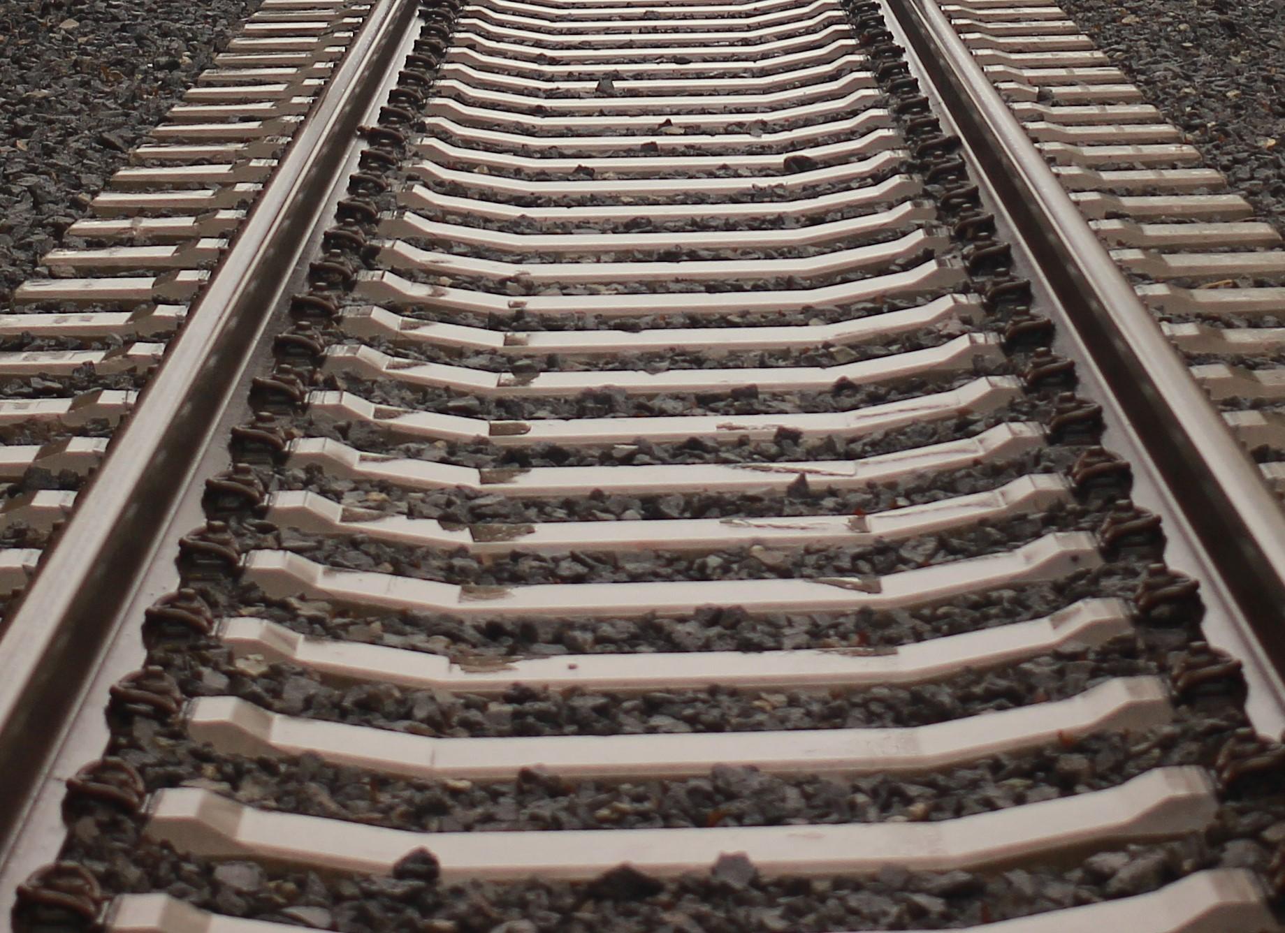 rail_line.jpg