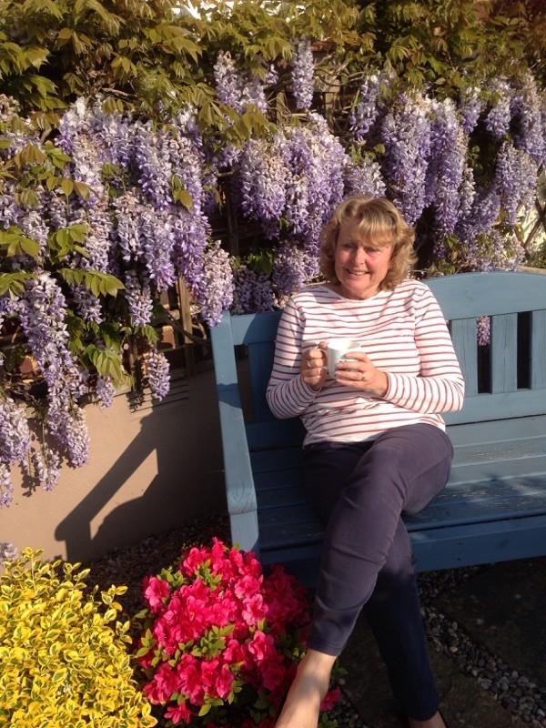 Sue_in_Garden.jpg