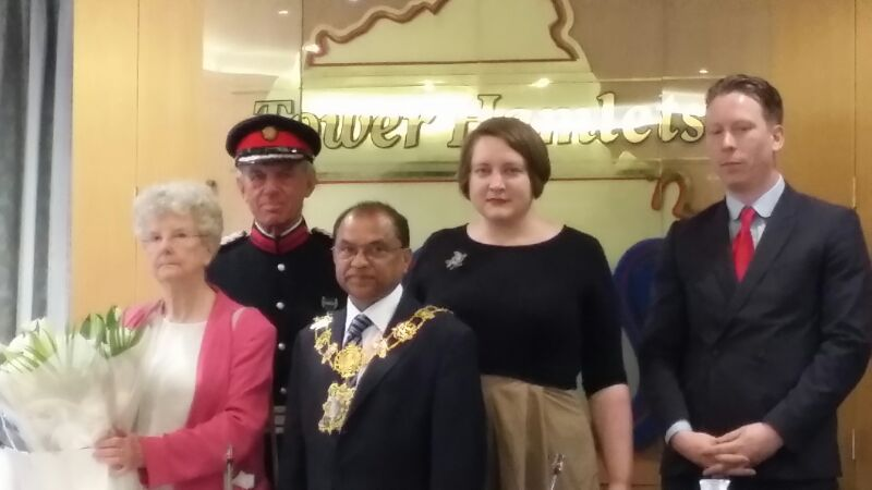 Cllr_Mukit_accepting_the_chain_of_office(1).jpg