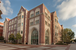 Wallis-Annenberg-Hall.jpg