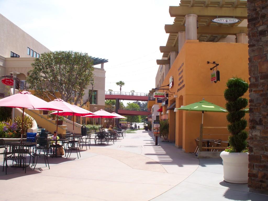Palos_Verdes_Mall.jpg