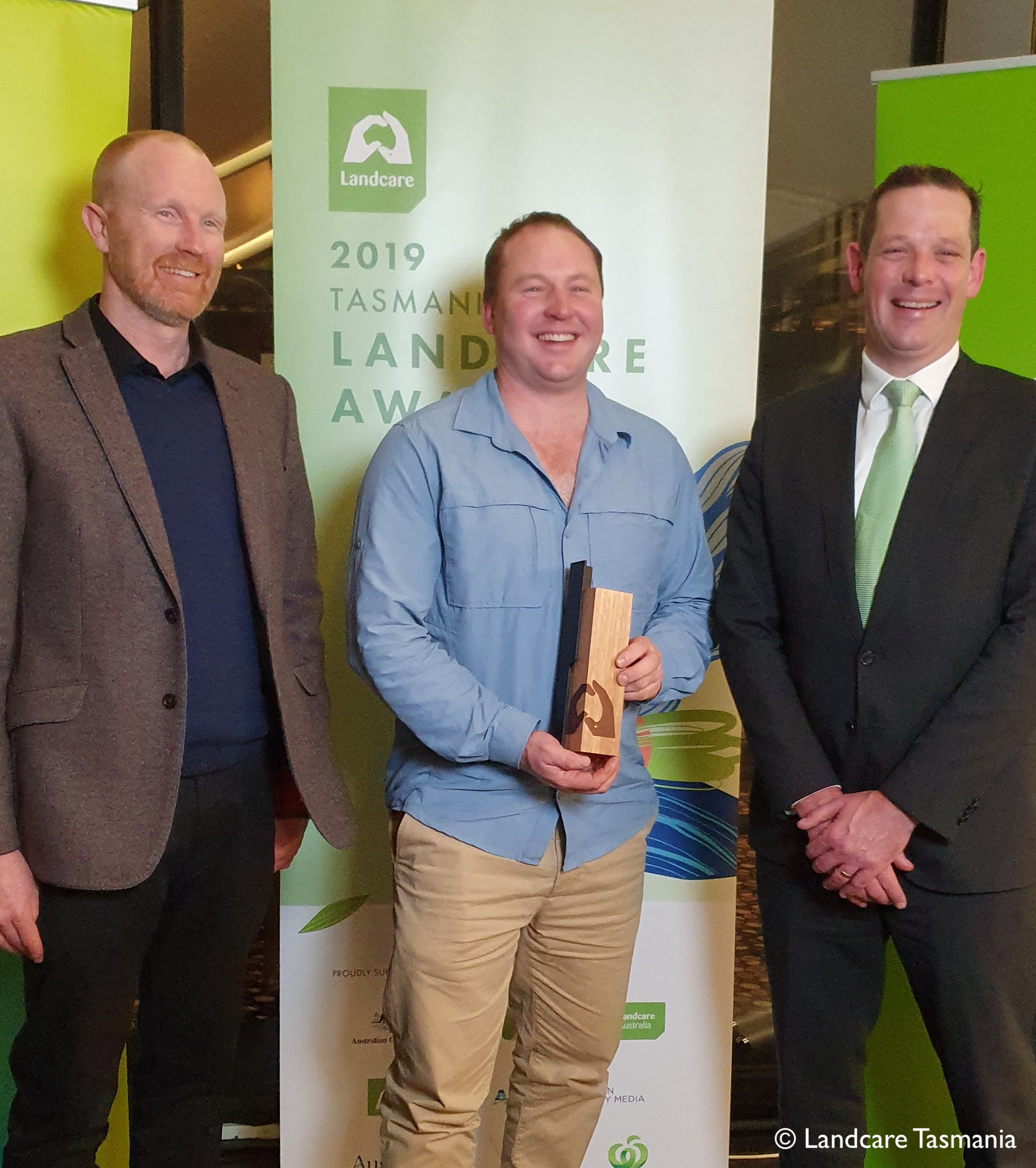 Redbank Farm Michael Nichols accepts National Landcare Award
