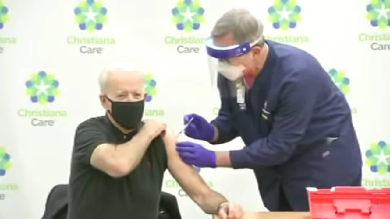 Joe Biden receives his second dose of Covid-19 vaccine while the House of Representatives was impeaching President Trump. January 11, 2021