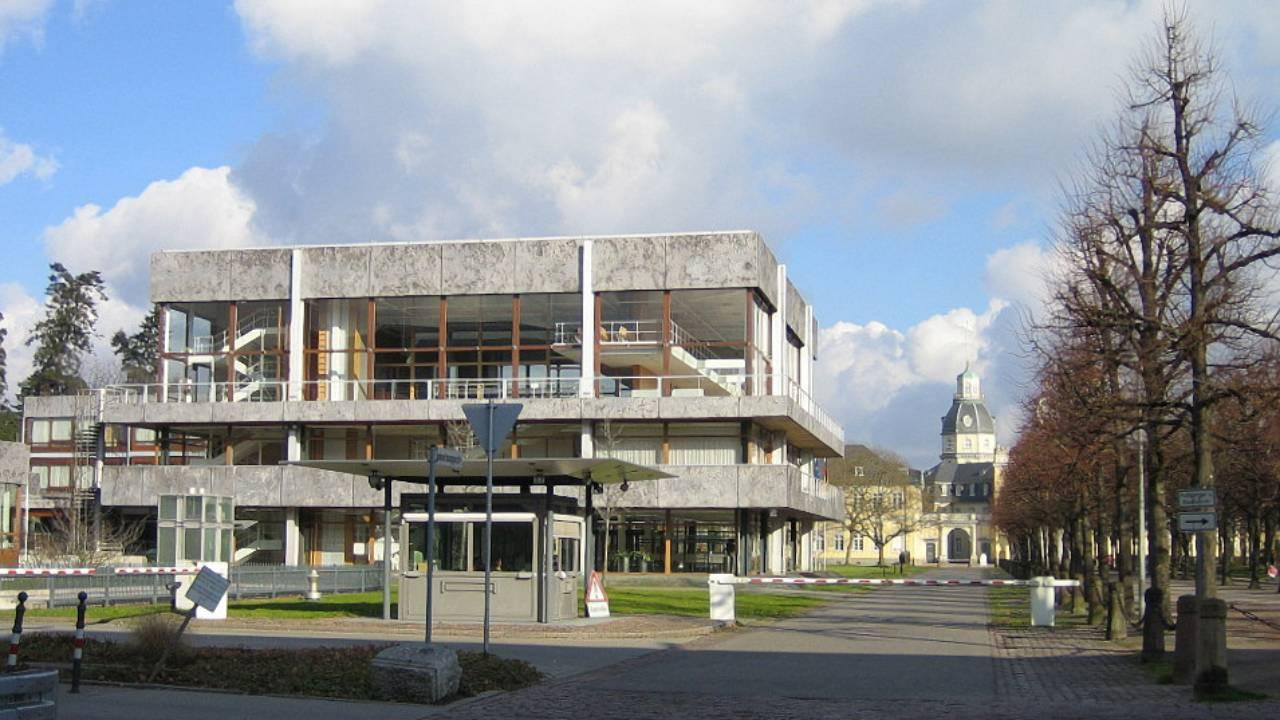 Federal Constitutional Court (Bundesverfassungsgericht), Karlsruhe, Germany (Photo: User:RoBi / German Wikipedia)