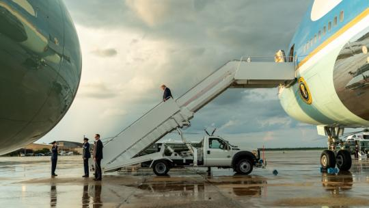 President Donald J. Trump disembarks Air Force One at Joint Base Andrews, Md. Wednesday, Aug. 21. 2019, returning from his trip to the American Veterans (AMVETS) 75th National Convention in Louisville, KY. (Official White House Photo by Shealah Craighead)