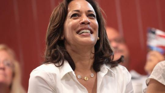 U.S. Senator Kamala Harris at a fundraiser hosted by the Iowa Asian and Latino Coalition at Jasper Winery in Des Moines, Iowa. August 10, 2019 (Photo: Gage Skidmore - https://www.flickr.com/photos/gageskidmore/48626160183)
