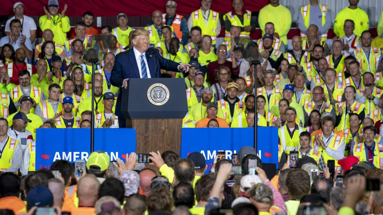 President Donald J. Trump delivers remarks on America's Energy Dominance and Manufacturing Revival Tuesday, Aug. 13, 2019, at the Shell Pennsylvania Petrochemicals Complex in Monaca, Pa. (Official White House Photo by Tia Dufour)