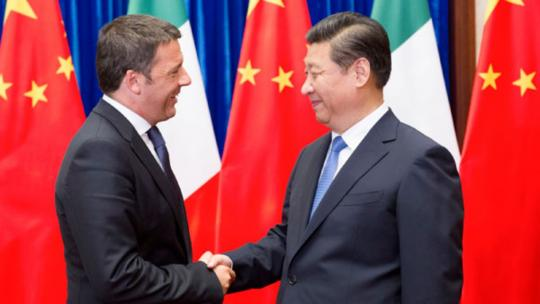 From 2014, Chinese President Xi Jinping shakes hands with visiting former Italian Prime Minister Matteo Renzi in Beijing on Wednesday. 2014 [Photo/Xinhua]