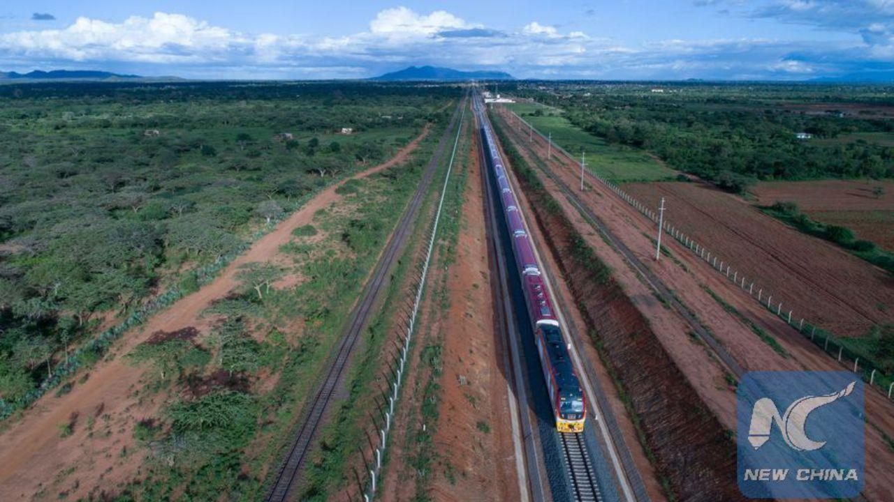File photo shows a train carries out a test run on Kenya's Mombasa-Nairobi Standard Gauge Railway (SGR) built by Chinese firm on May 24, 2017. (Xinhua / New China)