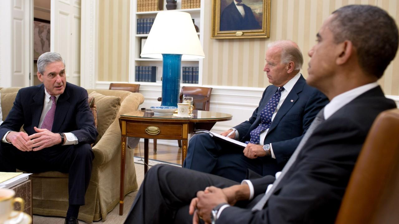 Muller, Biden and Obama discuss the shootings in Aurora, Colorado, July 20, 2012. (Official White House Photo by Pete Souza)