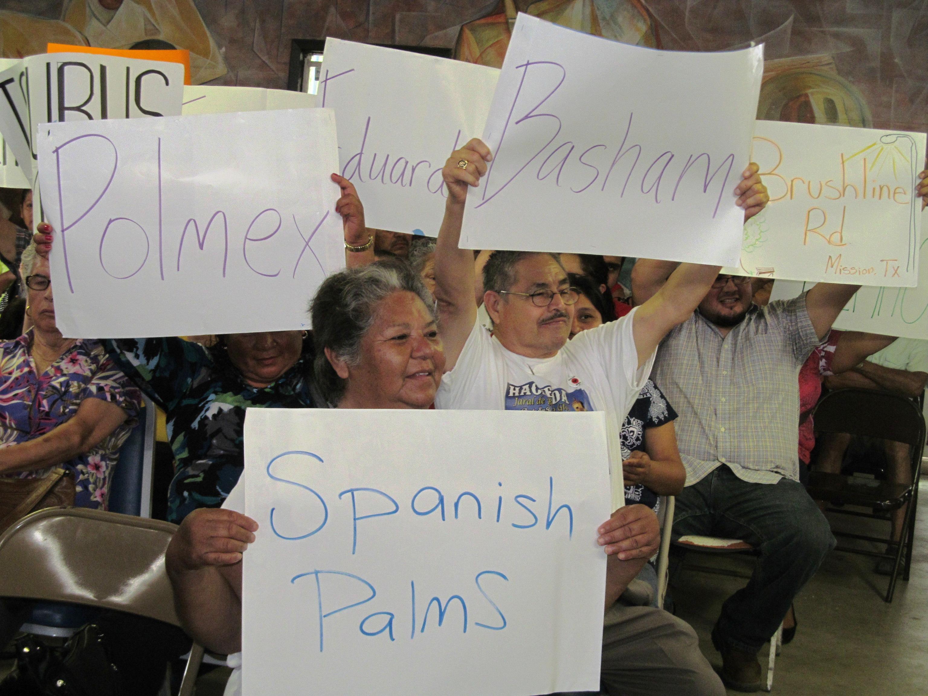 Cumbre_signs_(1).JPG