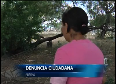 Resident of colonia Pueblo de Palmas tells reporter how State Troopers stopped her and called immigration.