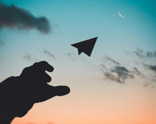 Signaler, encenser et encourager la liberté d'entreprendre