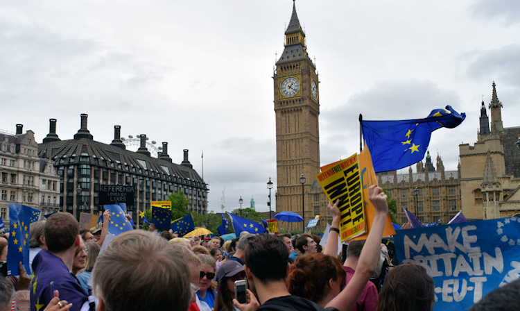 Tens of thousands rally in Parliament Square