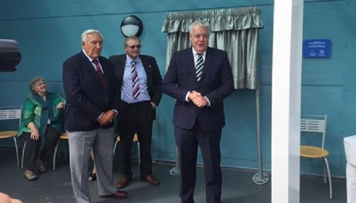 First Minister opens burger factory in Llanelwedd