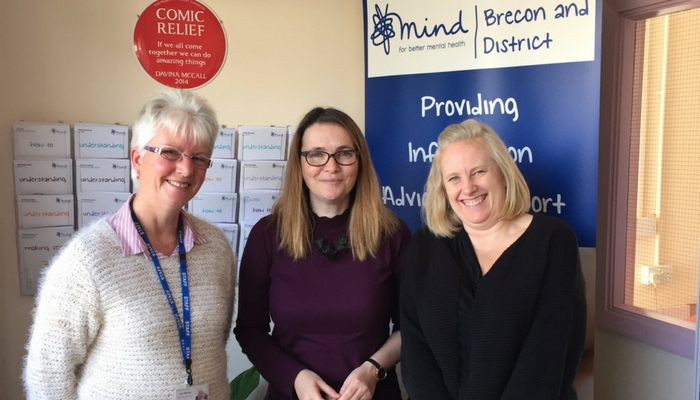 Kirsty Williams AM visits Brecon mental health charity