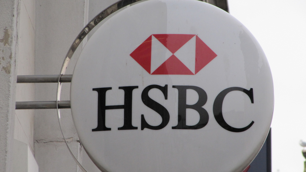 Roger raises concerns over Ystradgynlais HSBC closure