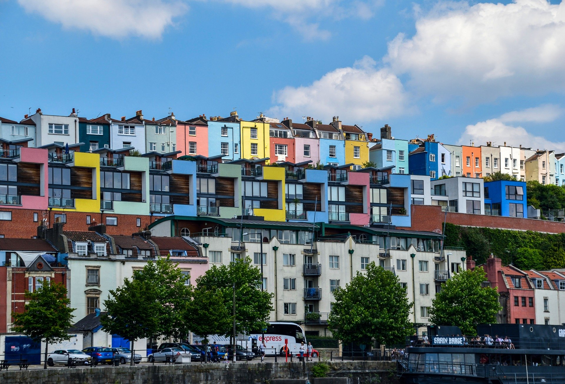 Government grants only half of Bristol's EU citizens settled status