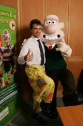Tom Brake with Wallace