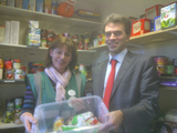 Tom visiting Sutton food bank in operation