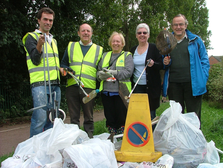 Tom Brake and local Councillors after the big clean-up along the River Wandle