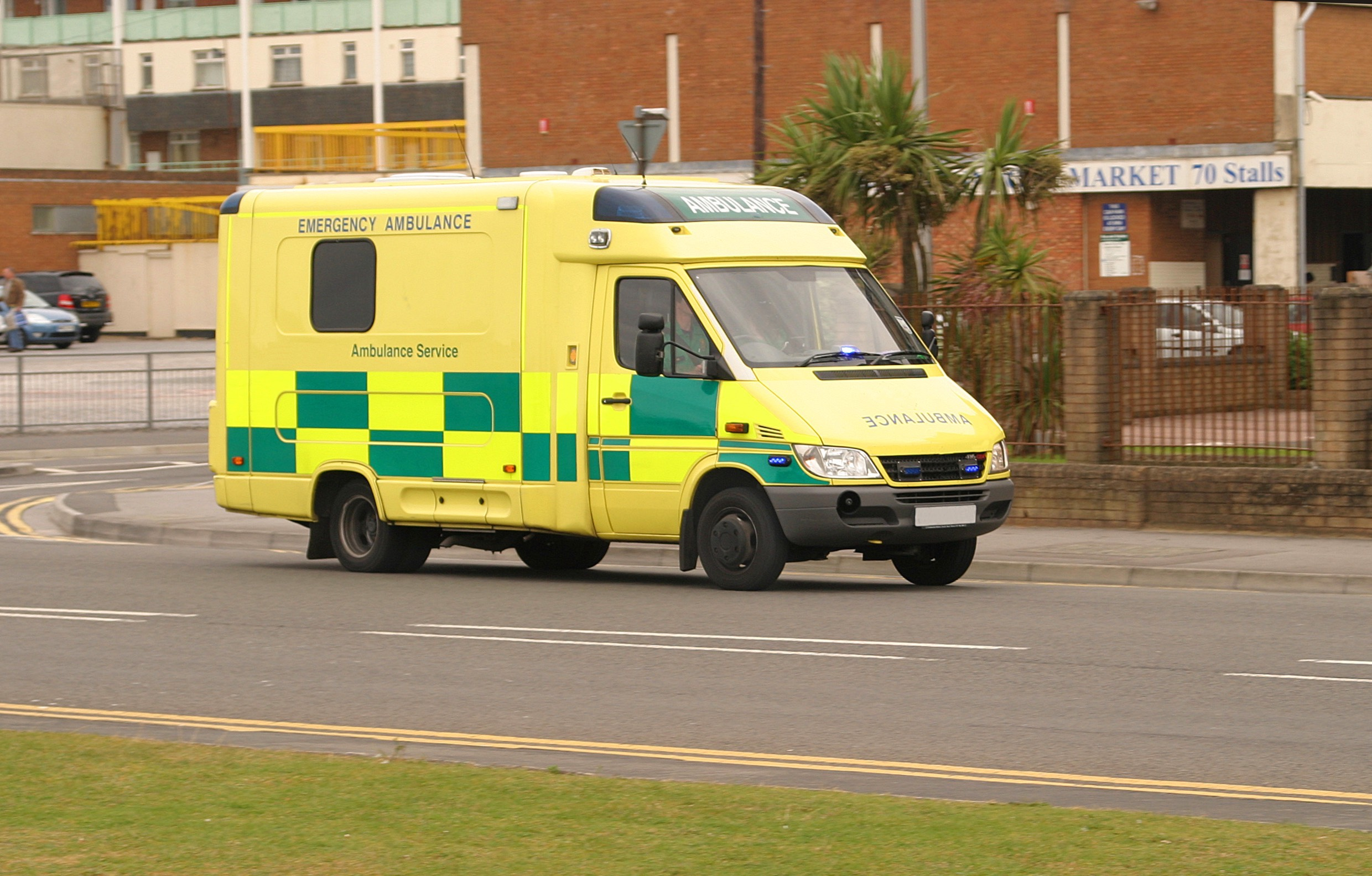 "30 assaults on Sutton's ambulance staff ""utterly unacceptable"", says council leader"
