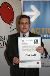 Mark Hunter MP supports the Action Mesothelioma campaign by signing the House of Commons motion