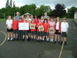 Mark with pupils from Queensgate Primary School