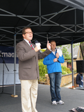 Mark addressing local residents on the stage at Bramhall Festival