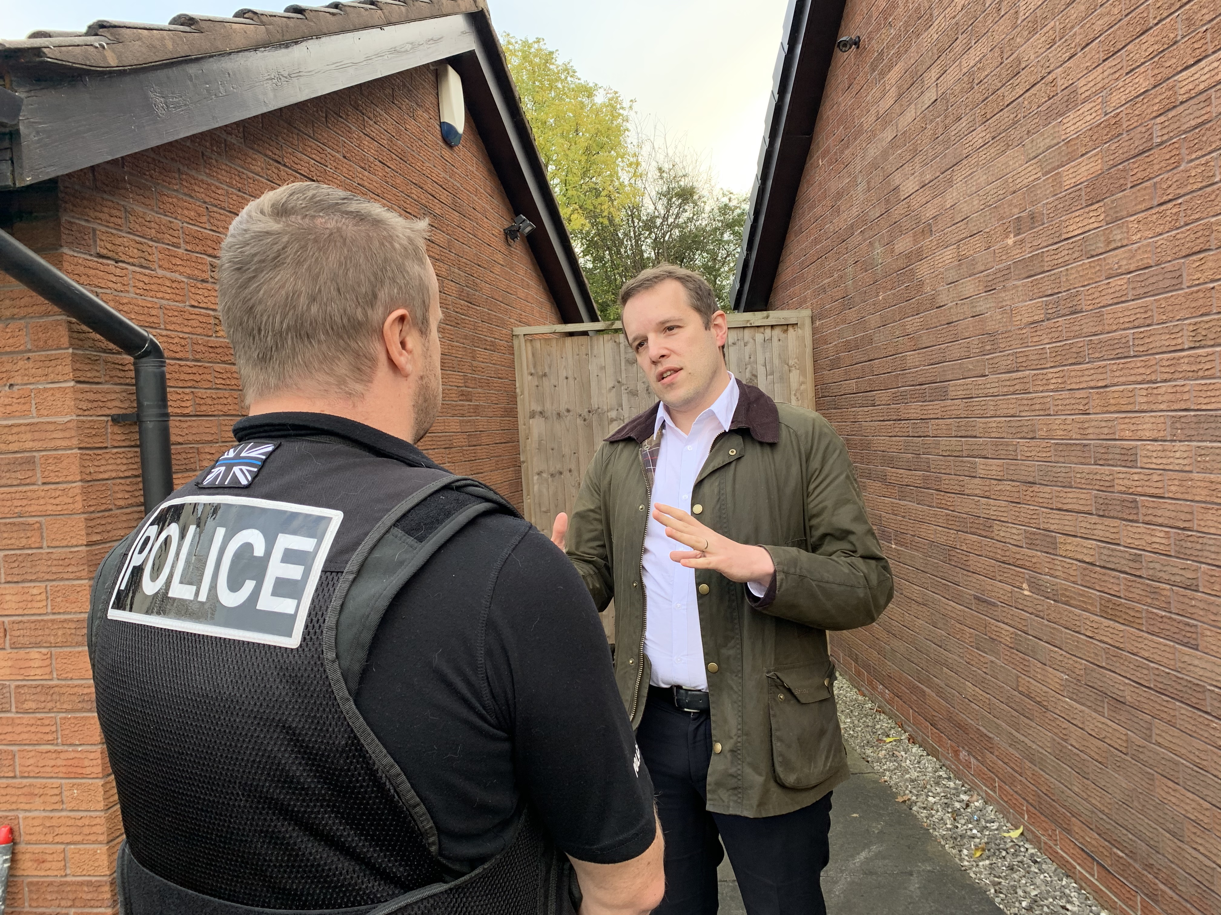 Tom speaks to Police in Cheadle